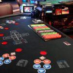 Mengenal Poker Online dan Poker Biasa Perbedaannya